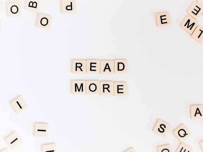 Read more aus Spielsteinen geschrieben
